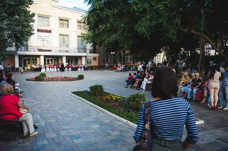 """Концерты в сквере филармонии, проект """"Волжская палитра"""""""