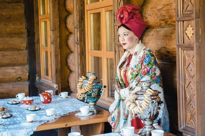 народные костюмы, дом купца Тетюшинова, самовар, главная, славянское