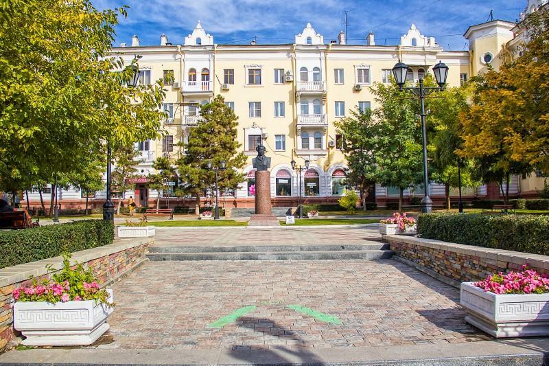 сквер Пушкина, памятник, архитектура, вид на город,
