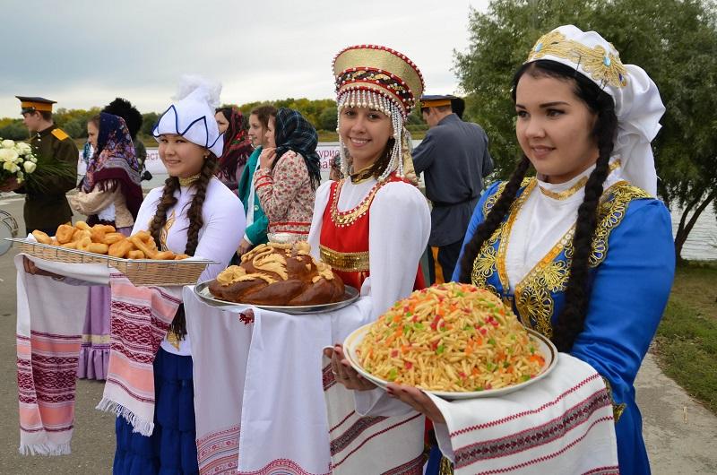 Многонациональная, Каспийская столица